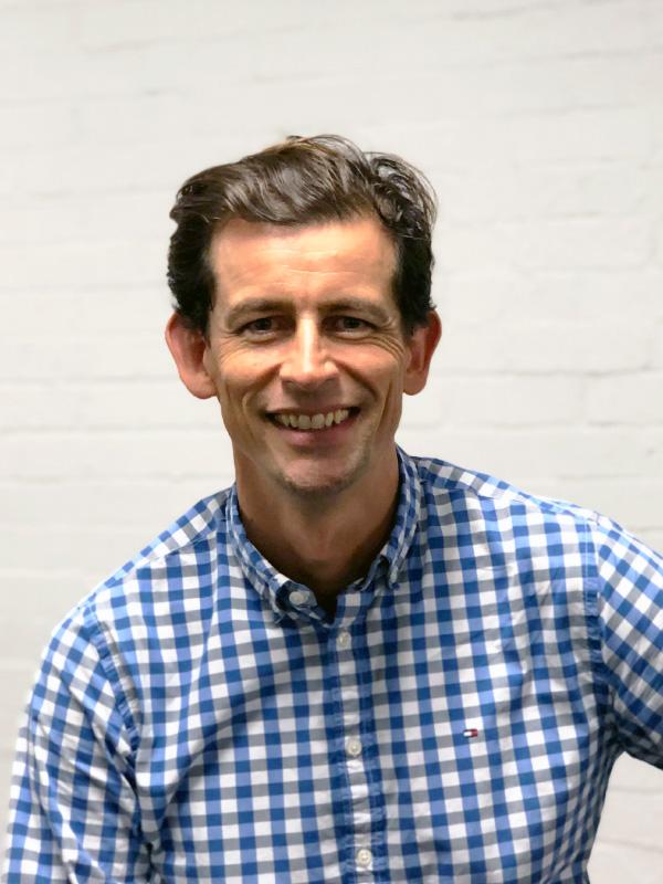 Dr James Ramsden